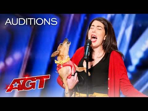 """Pam Performs """"All by Myself"""" with Her Incredible Singing Dog Casper - America's Got Talent 2021"""