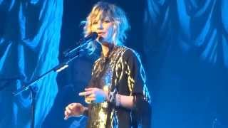 Watch Jennifer Nettles Like A Rock video