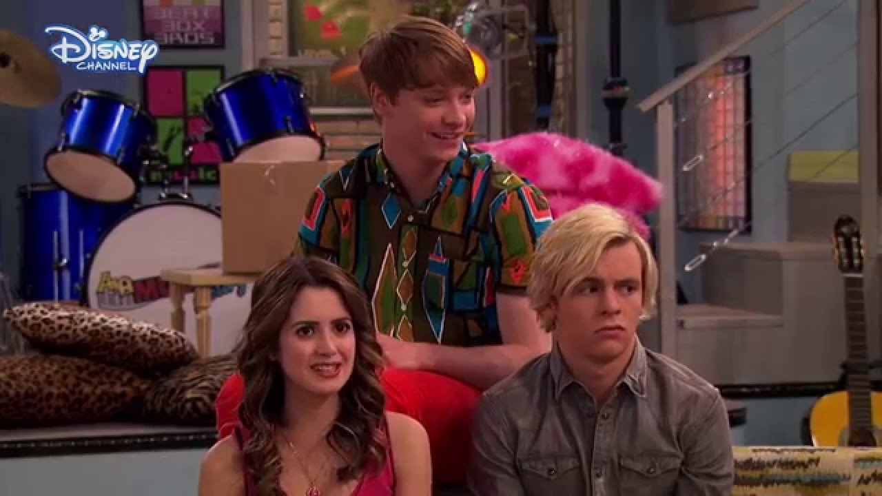 Austin & Ally   Laura Marano's This or That Interview ...