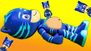 pj-masks-pretend-play-operation-game-romeo-multiplies-and-hides-catboy