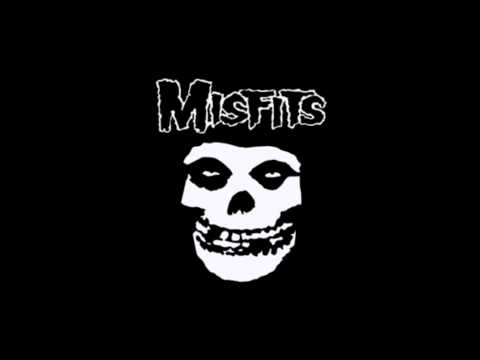 Misfits - Dr Phibes Rises Again (subtitulado)