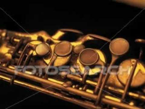 walkin' - barry likumahuwa ft. Gadis V (bass and saxophone)