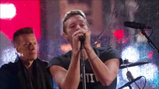 u2 with guest chris martin with or without you live from time square 2014