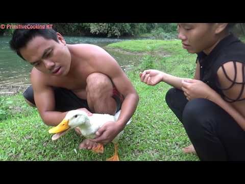 Primitive Technology - Survival skills: Cooking wild duck in mud recipe - Eating delicious