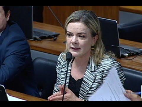 Reajuste do salário dos ministros do STF provoca crítica de senadores