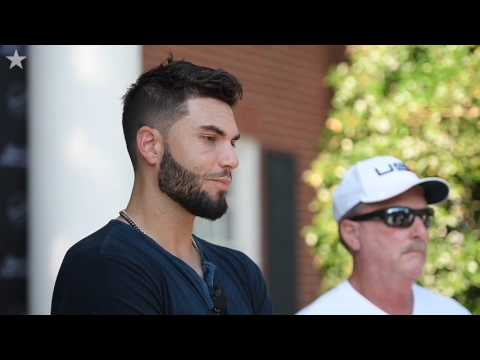"Five winners dine with Royals' Eric Hosmer in ""Steaks With Hos"""