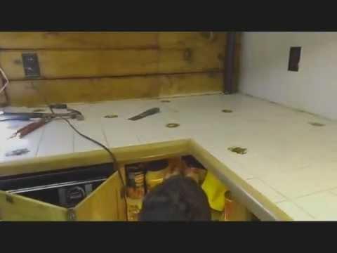 how to remove your kitchen counter top( come si fa per smontare i