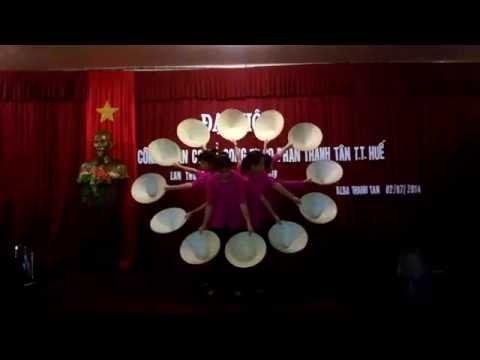 Múa nón Việt Nam quê hương tôi (Alba resort-Huế)