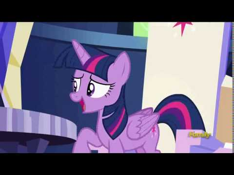 Princess Twilight Sparkle makes a long fart