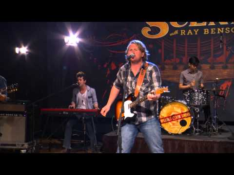 """William Clark Green Performs """"Dead or In Jail"""" on The Texas Music Scene"""