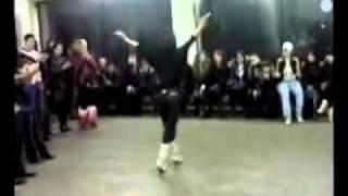 Девушка Танцует Лезгинку....avi