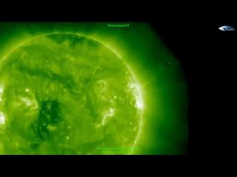 ufos rods & alien ships at the Sun May 21 2016