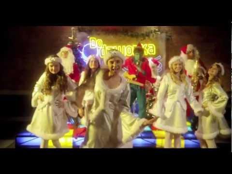 Świąteczne piosenki w wykonaniu gwiazd Disneya