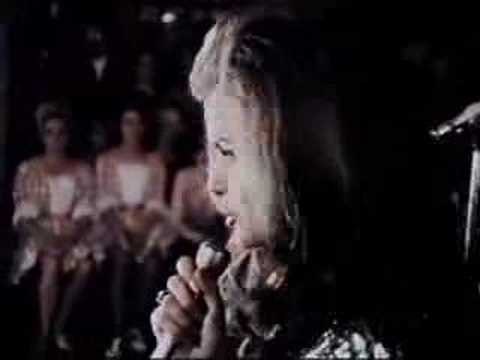 Jeannie C. Riley @ the Opry - Harper Valley P.T.A.