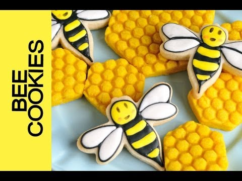HOW TO MAKE HONEYCOMB AND BEE COOKIES DECORATING WITH ROYAL ICING