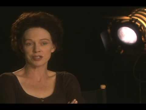 """An interview with Judy Davis about Joan (""""The Starter Wife"""" TV mini-series 2007-2008)"""