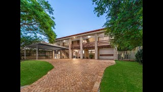 Wavell Heights - Spacious Family Home On Abbey