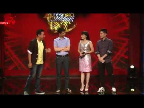 MC Quyền Linh hài hước trò chuyện cùng bộ ba giám khảo Lê Hoàng, Phương Thanh, John Huy Trần