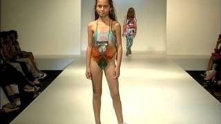 Repeat youtube video CUSTO GROWING SPRING/SUMMER 2010 (PART 2)