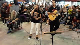 Gadis Desa ori song from Bob n Pengemis Cinta from Aleeya..