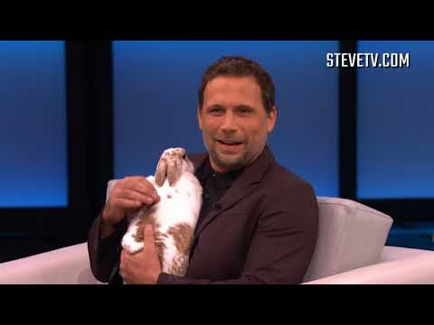 Jeremy Sisto Loves Animals