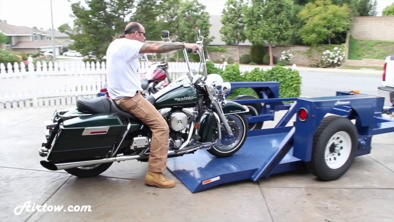 Safely load a motorcycle onto a trailer - Drop-deck, non ...