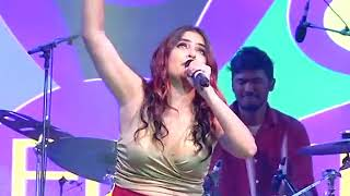 Banno Tera Swagger || Sona Mohapatra Live on stage