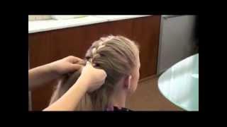 Плетение косичек - Колосок(Как плести косу колосок., 2012-03-29T14:31:38.000Z)
