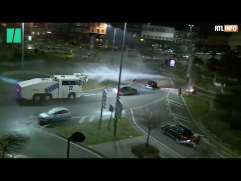 """À Charleroi, une manif de gilets jaunes dégénère en """"scènes d'émeutes"""""""
