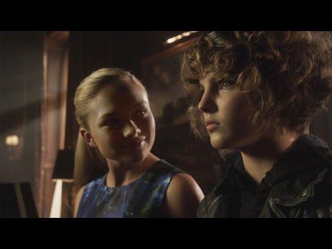 GOTHAM 2x07  3  Mommy's Little Monster 2015 Camren Bicondova, Natalie Alyn Lind, Fox HD