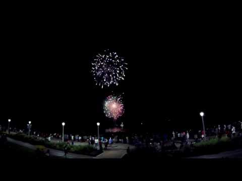 4th of July Fireworks   Virginia Beach Oceanfront