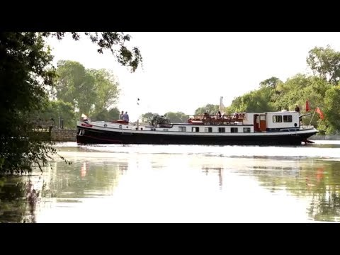 Cruise the Loire Valley aboard the 6 Passenger Hotel Barge Nymphea