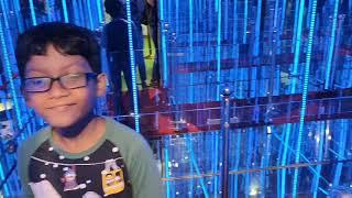 Check Out The Neon Mirror Maze In Hamleys, DLF Mall Of India/Mirror Maize Noida