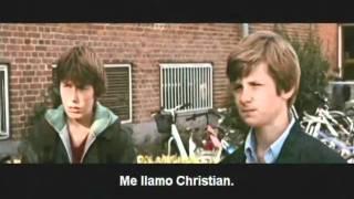 EN UN MUNDO MEJOR (Trailer oficial)