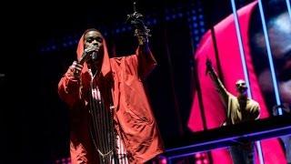 DJ Snake Brings Out Lauryn Hill at Coachella - Legendary!