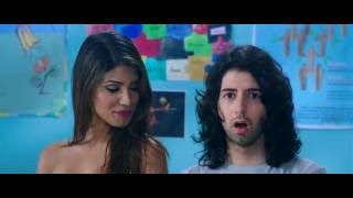 nicole faria hot in yaariyan