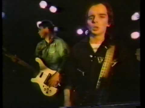 The Vapors - Waiting For The Weekend