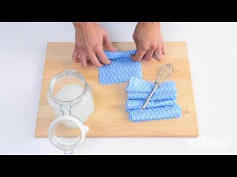 DIY Reusable Bathroom Cleaning Wipes