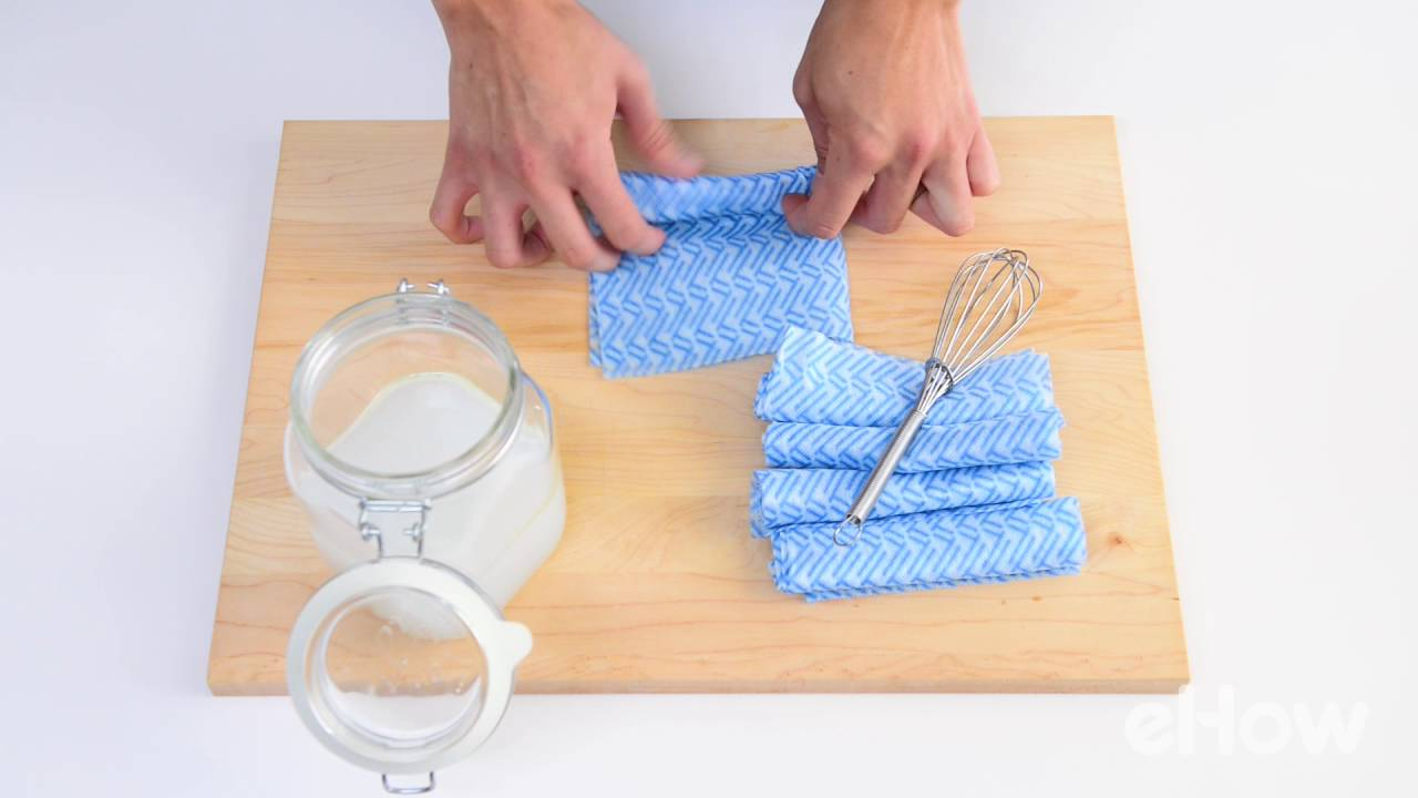 DIY Reusable Bathroom Cleaning Wipes - YouTube