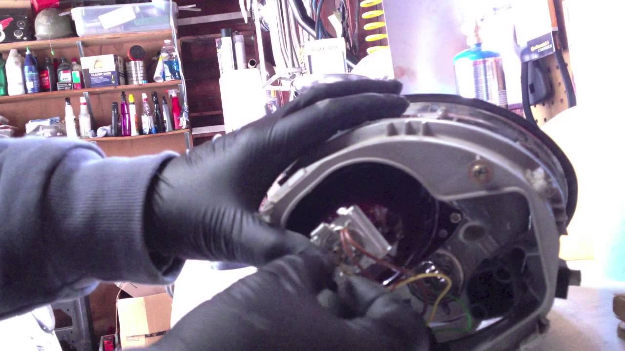How To Replace A Headlight Bulb On Your Vw New Beetle