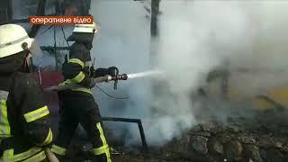 м. Київ: рятувальники ліквідували пожежу в одному із кафе на гідропарку