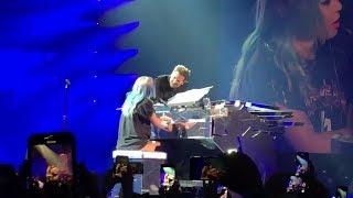Lady Gaga Bradley Cooper Shallow Live in Las vegas.mp3