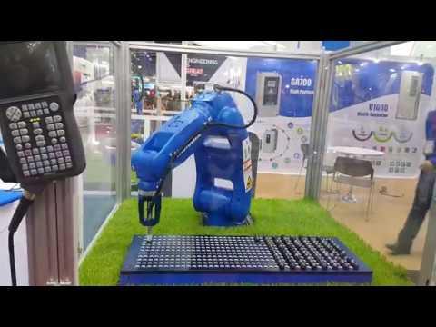 Pick and Place Robot from Yaskawa