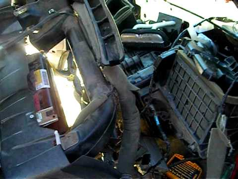 Replacing a Heater Core 2001 Chevy Tahoe - YouTube
