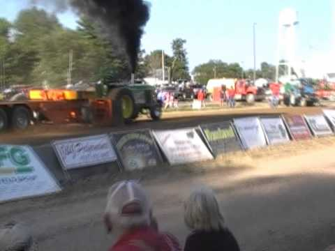 HOT FARM TRACTOR PULLS AT THE 2015 UNION CITY DCTPA PULL