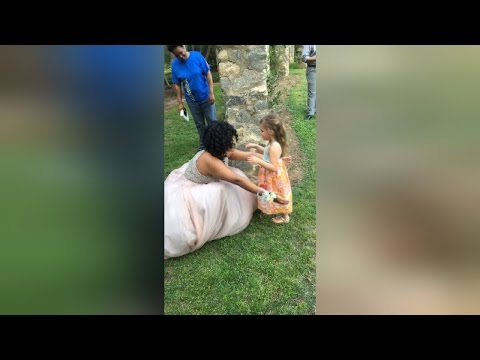 Thumbnail: Little Girl Sees 17-Year-Old Teen in Prom Dress, Thinks She's a Real Princess