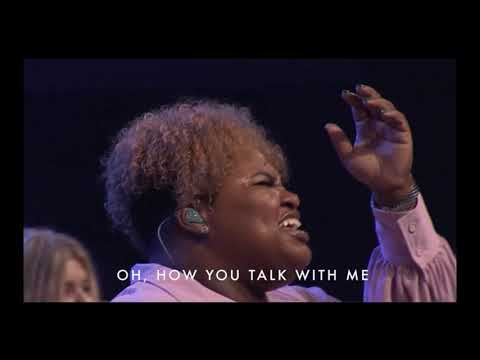 Tasha Cobbs Leonard - You Know My Name + Spontaneous (Live)