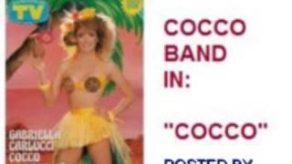Cocco band con Cocco. sigla del tv show condotto da Gabriella Carlu...