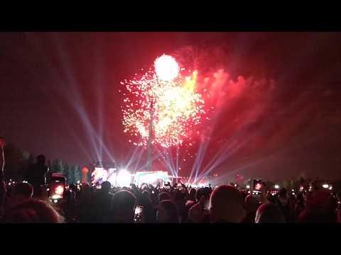Салют 9 мая 2019 на Поклонной горе в Парке Победы