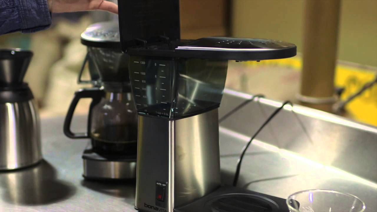 Bonavita Automatic Brewer Glass (BV1800) vs. Thermal (BV1800TH) Carafe Automatic Brewer - YouTube